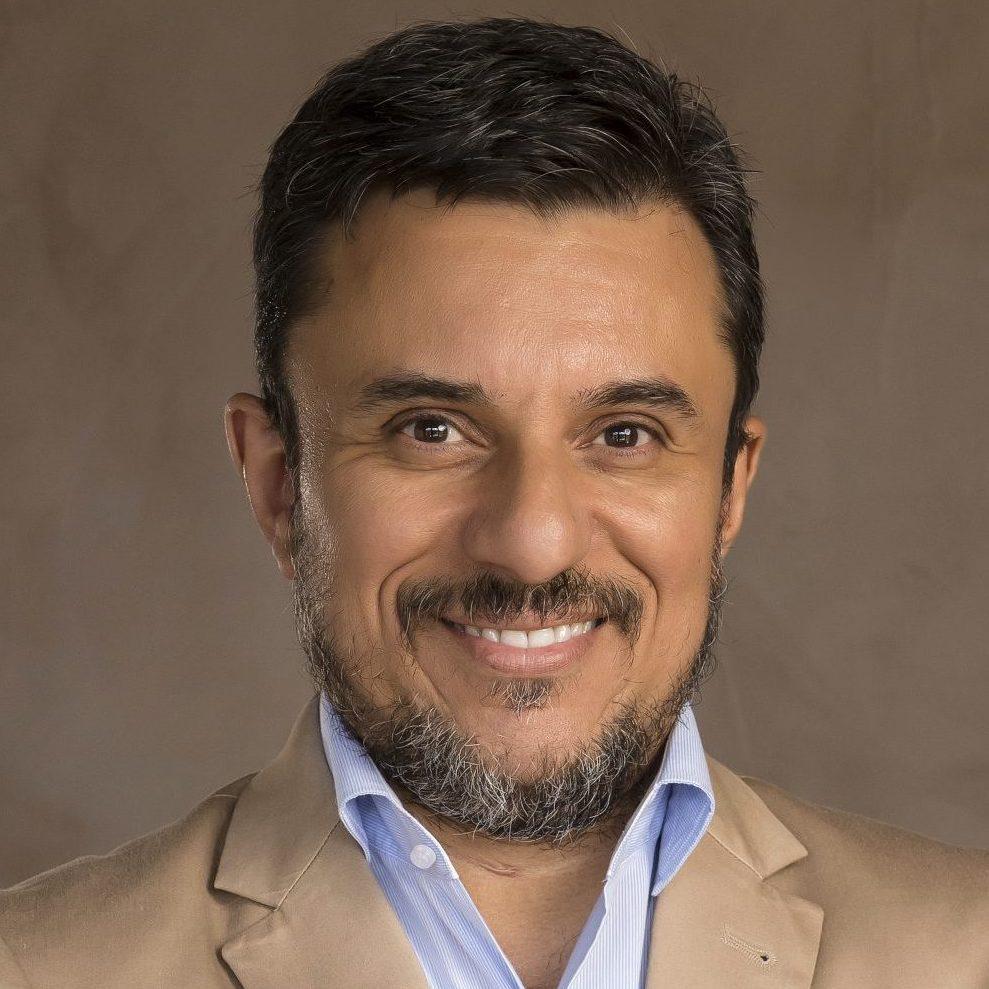 Dr. Márcio Alexandre