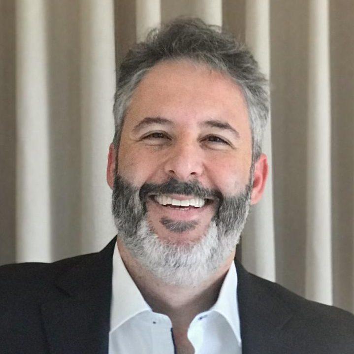 Dr. Fábio Batistuta de Mesquita