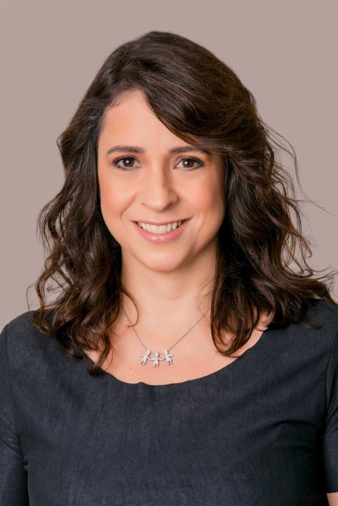 Dra. Maria Clara Amaral